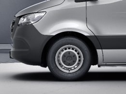 Sprinter Tourer, 40.6-cm (16-inch) steel wheels